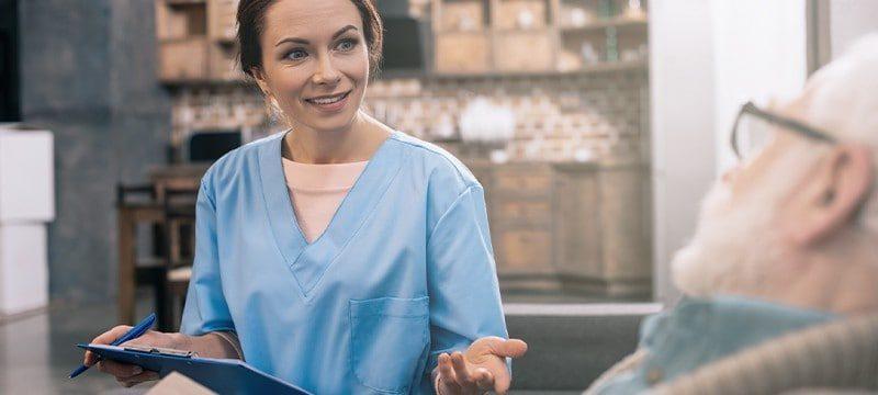 איך לקנות ביטוח סיעודי ולא לפשוט את הרגל